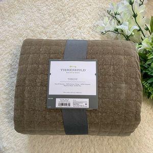 Threshold Brown Velvet Throw Blanket 50x60 inches